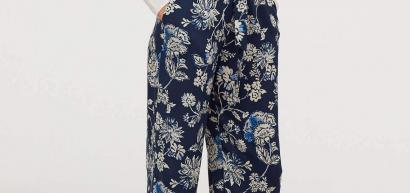 Pantalonii palazzo